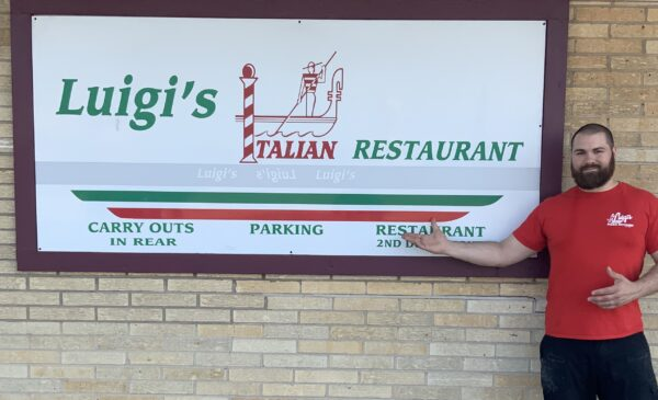It's Pizza Time w/ Jake Ziccarelli of Luigi's Pizza Kitchen in this Exclusive Q&A