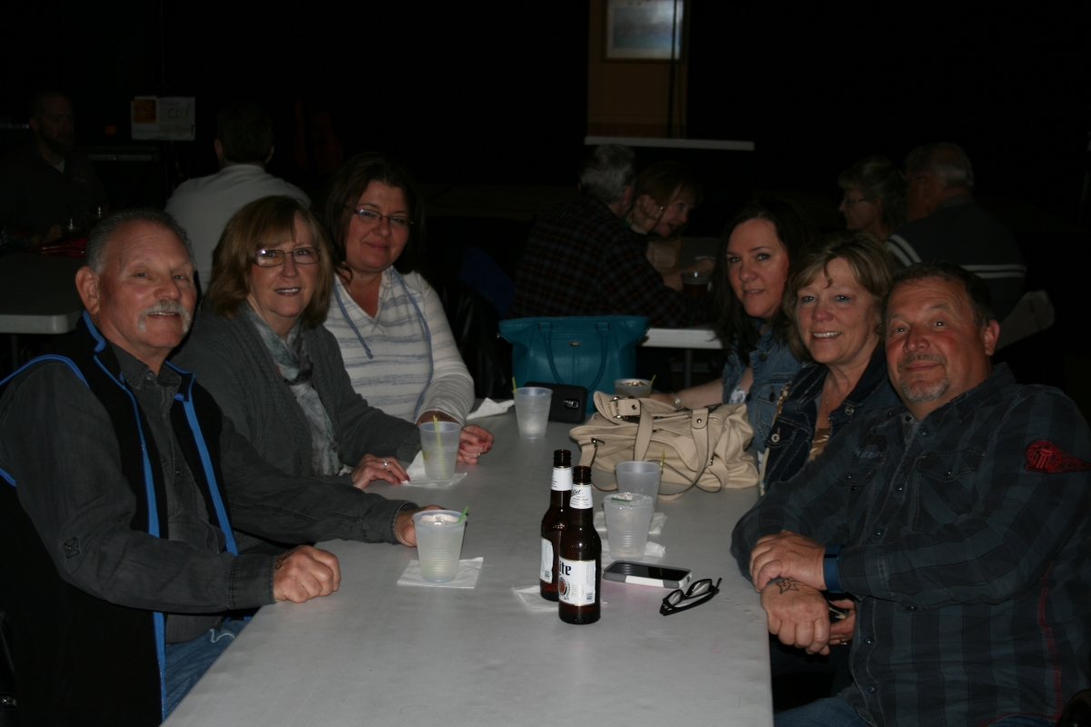 Willi, Debbie, Karrie, Rachel, Karen, & Kenneth at The Moose Lodge